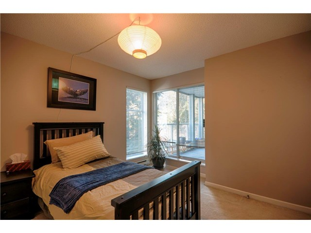 "Photo 9: 6 7345 SANDBORNE Avenue in Burnaby: South Slope Townhouse for sale in ""SANDBORNE WOODS"" (Burnaby South)  : MLS® # V1055567"