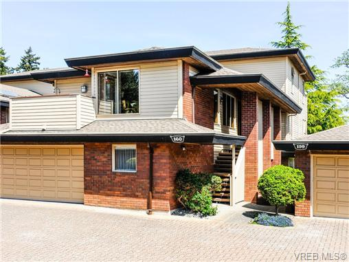 Photo 1: 160 2345 Cedar Hill Cross Road in VICTORIA: OB Henderson Townhouse for sale (Oak Bay)  : MLS(r) # 337560