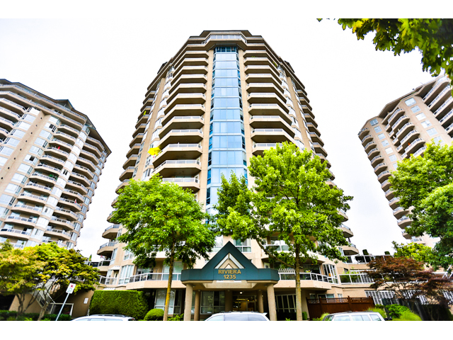 "Main Photo: 904 1235 QUAYSIDE Drive in NEW WEST: Quay Condo for sale in ""THE RIVIERA"" (New Westminster)  : MLS® # V1139039"