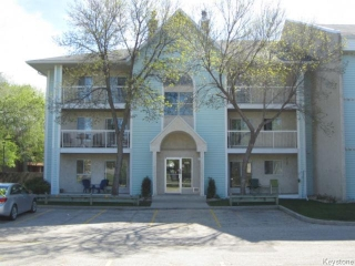 Main Photo: 499 Thompson Drive in WINNIPEG: St James Condominium for sale (West Winnipeg)  : MLS® # 1523614