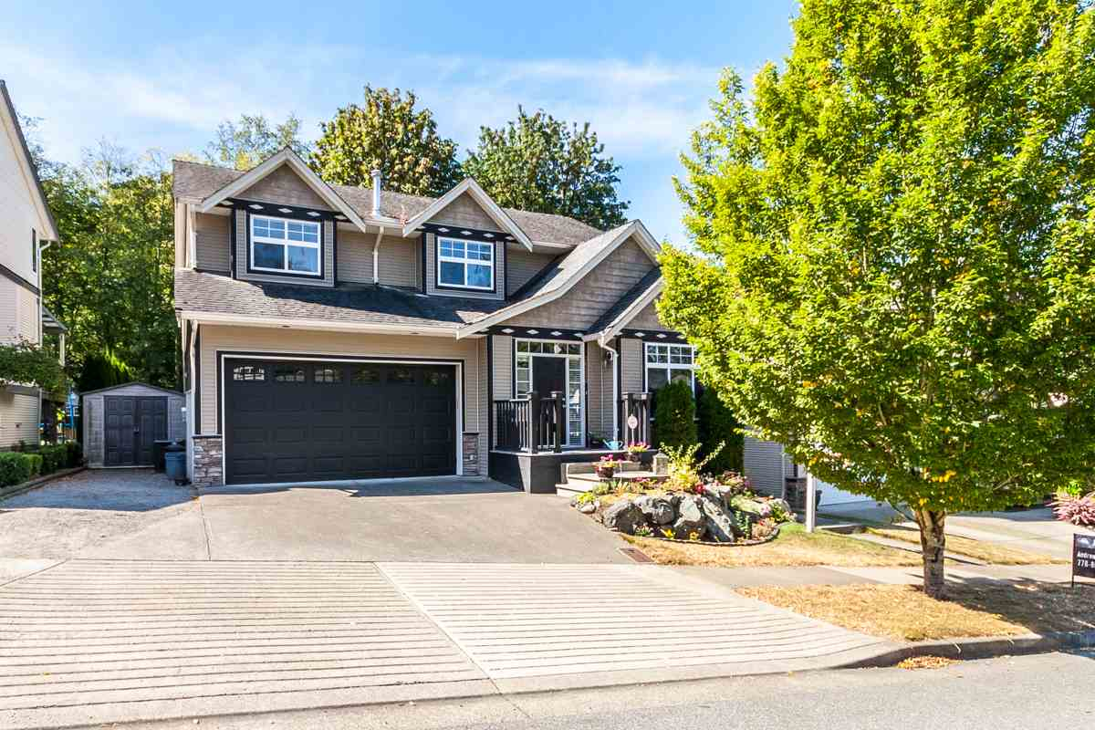 FEATURED LISTING: 36250 BUCKINGHAM Drive Abbotsford
