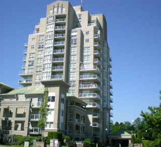 "Main Photo: 104 10523 UNIVERSITY Drive in Surrey: Whalley Condo for sale in ""GRANDVIEW COURT"" (North Surrey)  : MLS® # R2113669"