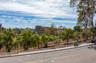 Main Photo: NORTH ESCONDIDO Townhome for sale : 3 bedrooms : 1142 Gary Lane in Escondido