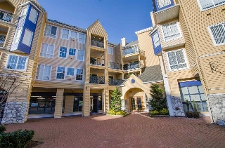 "Main Photo: 405 1363 56 Street in Delta: Cliff Drive Condo for sale in ""WINDSOR WOODS"" (Tsawwassen)  : MLS® # R2130057"