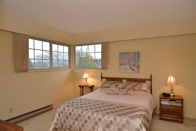 "Photo 15: Photos: 4746 FIR Road in Sechelt: Sechelt District House for sale in ""DAVIS BAY"" (Sunshine Coast)  : MLS®# R2132730"