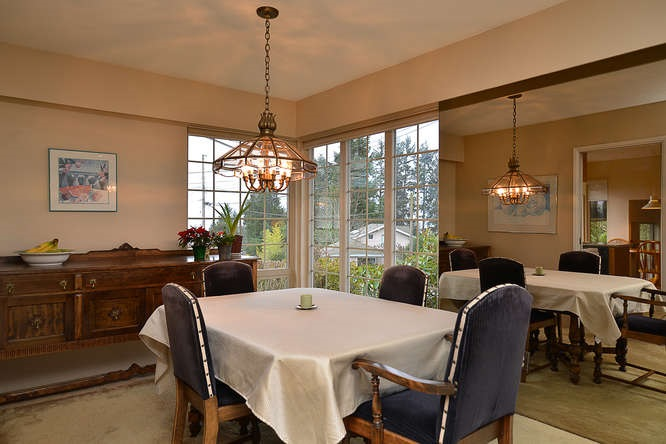 "Photo 7: Photos: 4746 FIR Road in Sechelt: Sechelt District House for sale in ""DAVIS BAY"" (Sunshine Coast)  : MLS®# R2132730"