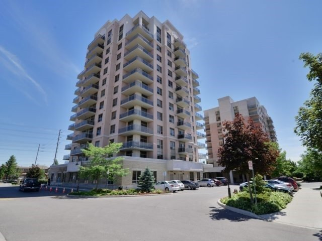 Main Photo: 501 810 Scollard Court in Mississauga: East Credit Condo for sale : MLS® # W3732747