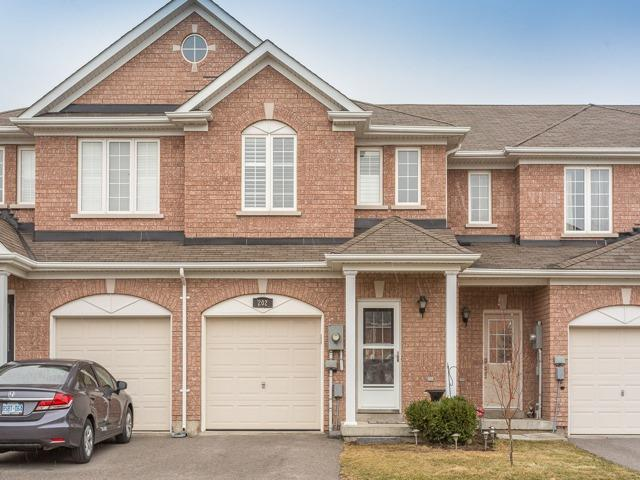 Main Photo: 202 Tom Taylor Crescent in Newmarket: Summerhill Estates House (2-Storey) for sale : MLS® # N3758004