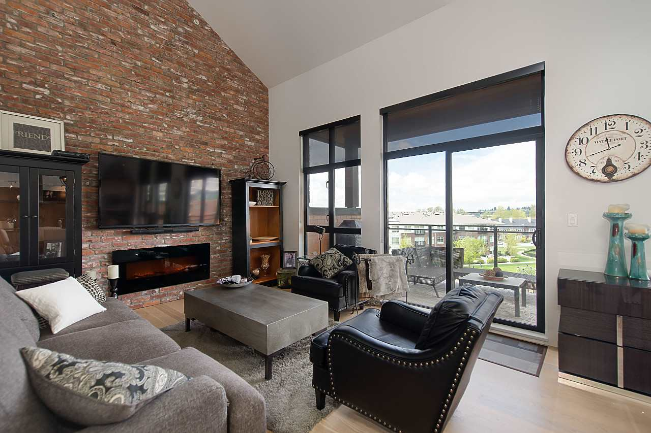 "Photo 4: 401 220 SALTER Street in New Westminster: Queensborough Condo for sale in ""GLASSHOUSE LOFTS"" : MLS® # R2159431"