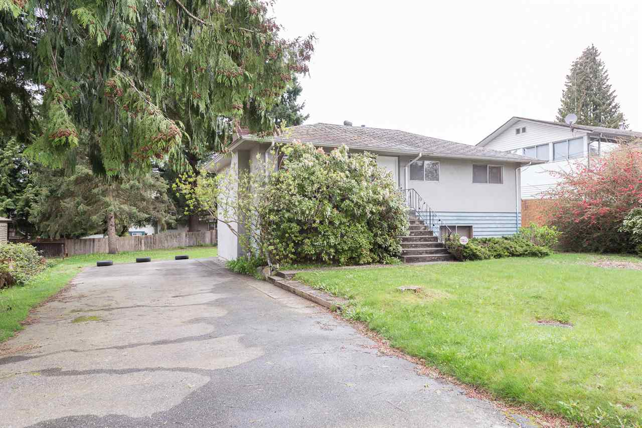 Photo 14: 458 DRAYCOTT Street in Coquitlam: Central Coquitlam House for sale : MLS(r) # R2159886