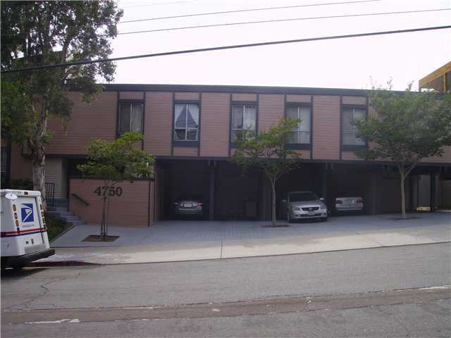 Photo 1: PACIFIC BEACH Condo for rent : 1 bedrooms : 4750 Noyes St #215 in San Diego