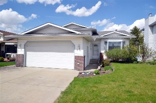 Main Photo: 28 CANTERBURY Lane: Sherwood Park House for sale : MLS(r) # E4067015