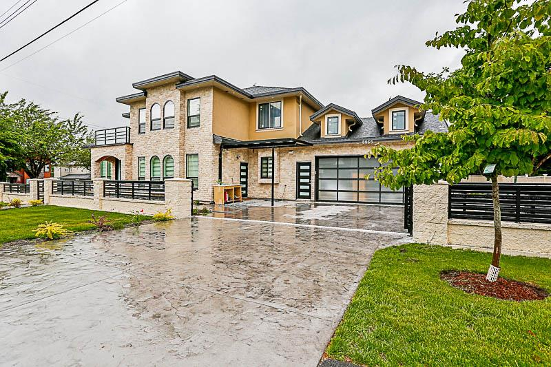 Main Photo: 8865 146 Street in Surrey: Bear Creek Green Timbers House for sale : MLS(r) # R2175411