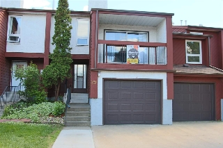 Main Photo: 29 LORELEI Close in Edmonton: Zone 27 Townhouse for sale : MLS(r) # E4069772