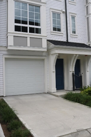 "Main Photo: 81 8476 207A Street in Langley: Willoughby Heights Townhouse for sale in ""YORK By Mosaic"" : MLS(r) # R2179590"