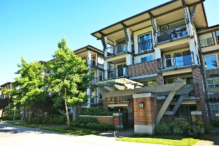 Main Photo: 302 4768 BRENTWOOD Drive in Burnaby: Brentwood Park Condo for sale (Burnaby North)  : MLS(r) # R2181031