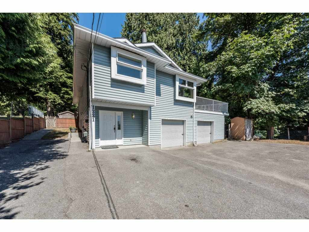 FEATURED LISTING: 1221 ROCHESTER Avenue Coquitlam