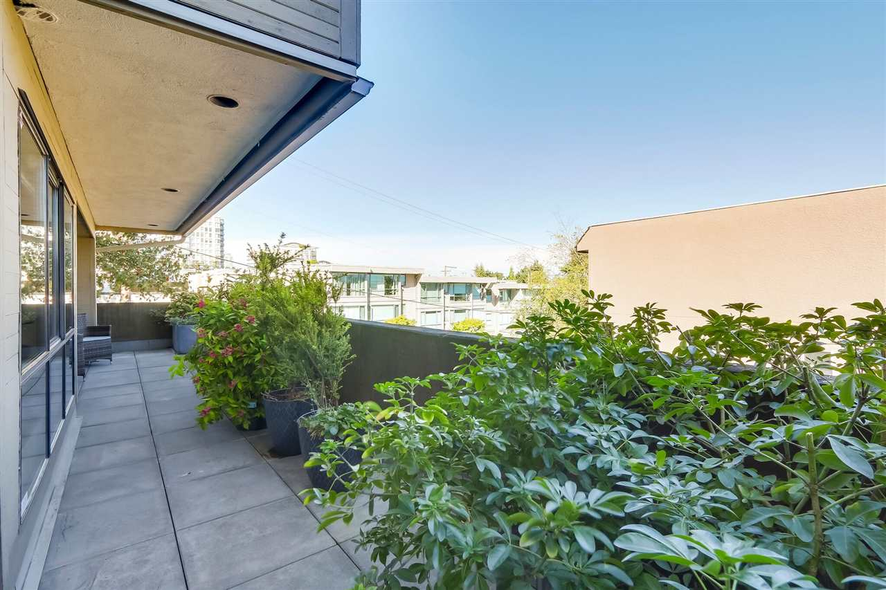 "Photo 17: 103 1299 W 7TH Avenue in Vancouver: Fairview VW Condo for sale in ""Marbella"" (Vancouver West)  : MLS® # R2205197"