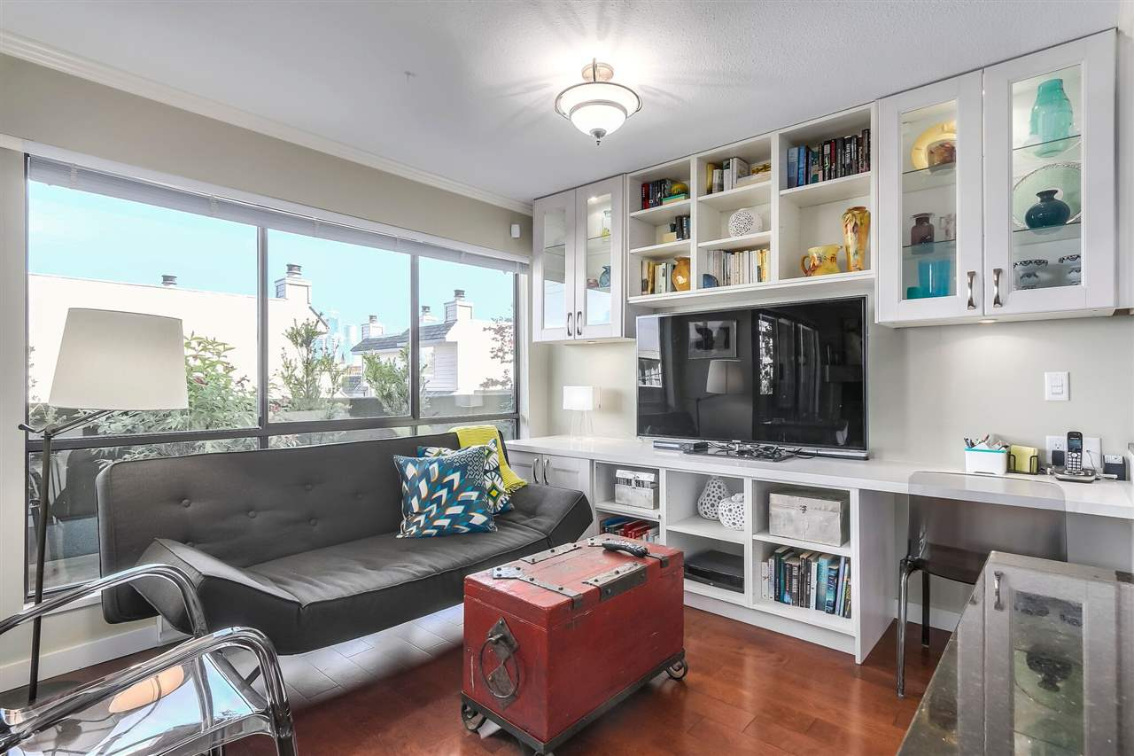 "Photo 6: 103 1299 W 7TH Avenue in Vancouver: Fairview VW Condo for sale in ""Marbella"" (Vancouver West)  : MLS® # R2205197"
