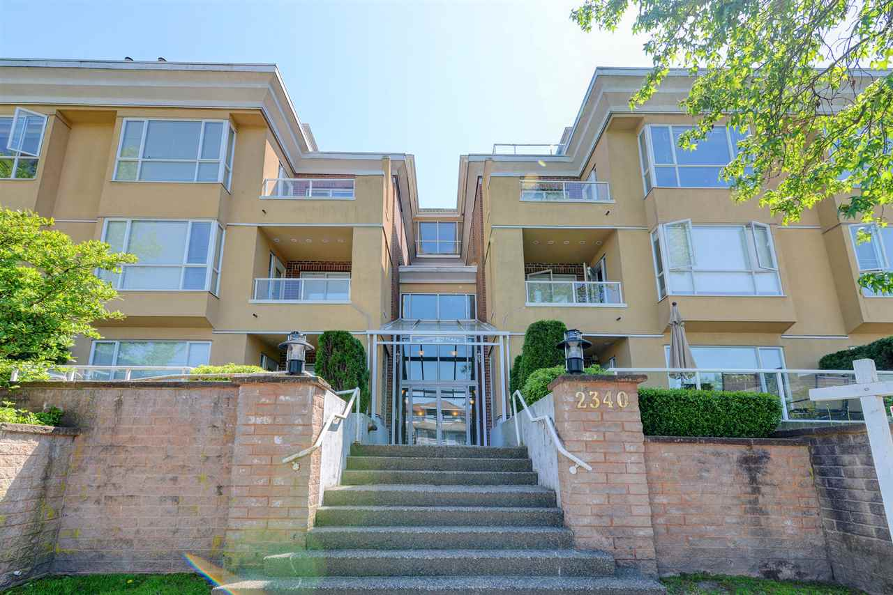 "Main Photo: 308 2340 HAWTHORNE Avenue in Port Coquitlam: Central Pt Coquitlam Condo for sale in ""Barrington Place"" : MLS®# R2268764"