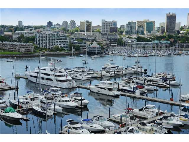 Main Photo: # 901 1099 MARINASIDE CR in Vancouver: Yaletown Condo for sale (Vancouver West)  : MLS® # V1013726
