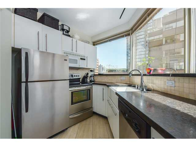 "Photo 6: 704 1177 HORNBY Street in Vancouver: Downtown VW Condo for sale in ""London Place"" (Vancouver West)  : MLS(r) # V1069456"