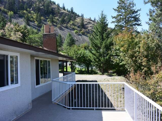 Photo 8: Photos: 5350 RONDE Lane in : Barnhartvale House for sale (Kamloops)  : MLS® # 130580