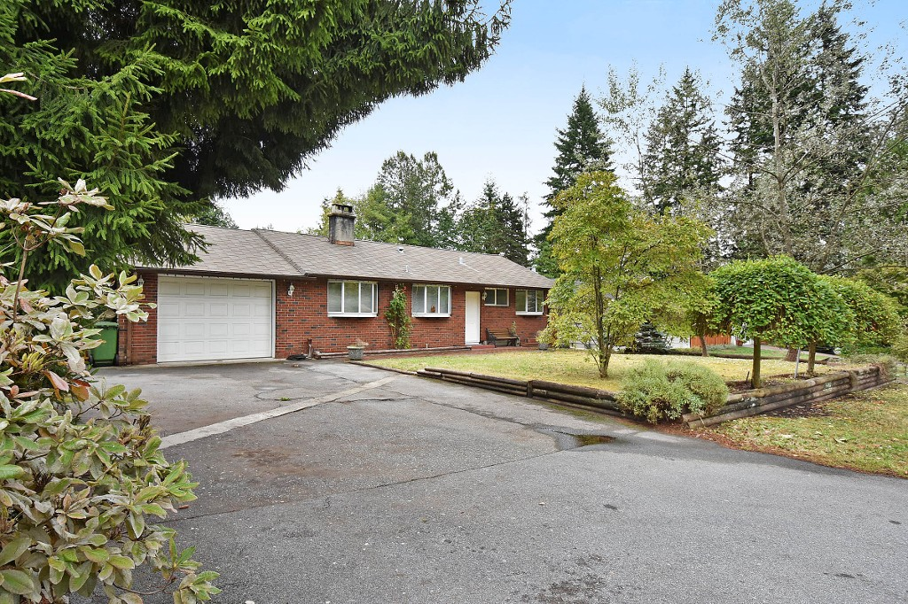 Photo 2: 1388 APPIN Road in NORTH VANC: Westlynn House for sale (North Vancouver)  : MLS(r) # V1142438