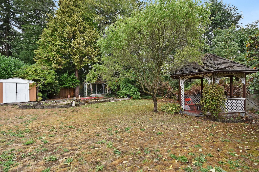 Photo 17: 1388 APPIN Road in NORTH VANC: Westlynn House for sale (North Vancouver)  : MLS(r) # V1142438