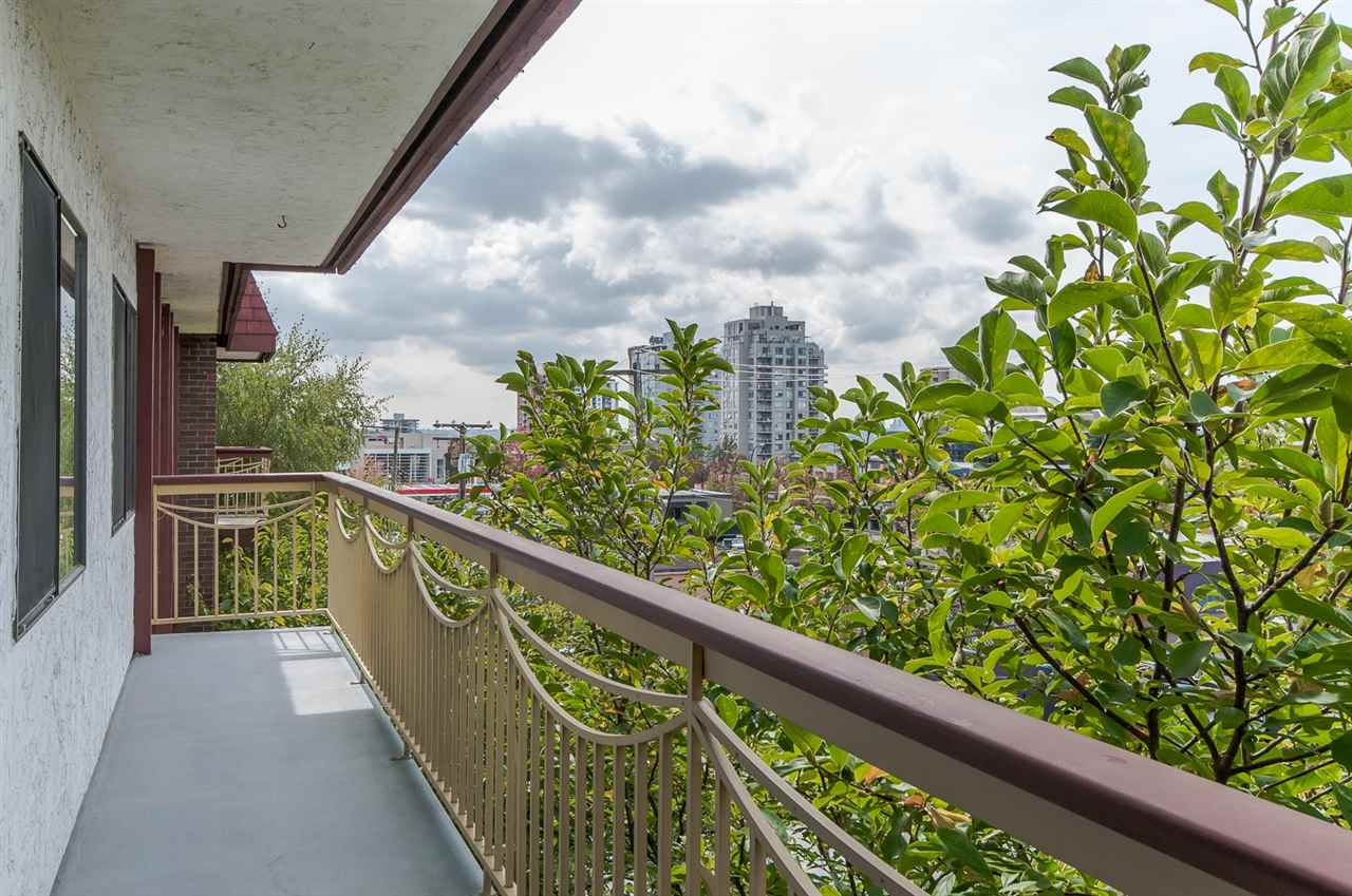 "Photo 13: 325 123 E 19TH Street in NORTH VANC: Central Lonsdale Condo for sale in ""The Dogwood"" (North Vancouver)  : MLS® # R2002167"