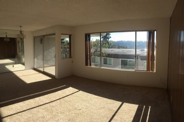 Main Photo: MISSION VALLEY Townhome for sale : 3 bedrooms : 6319 Caminito Partida in San Diego