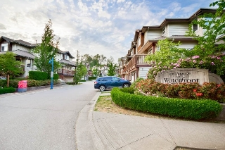 "Main Photo: 24 2387 ARGUE Street in Port Coquitlam: Citadel PQ House for sale in ""The Waterfront"" : MLS® # R2070986"