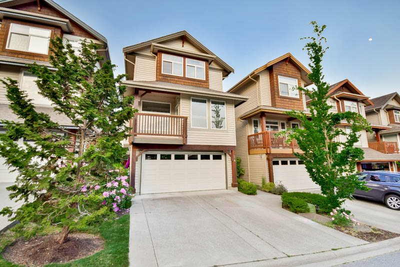 "Photo 3: Photos: 24 2387 ARGUE Street in Port Coquitlam: Citadel PQ House for sale in ""The Waterfront"" : MLS® # R2070986"