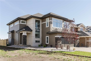 Main Photo: 3923 GINSBURG Crescent in Edmonton: Zone 58 House for sale : MLS(r) # E4050702