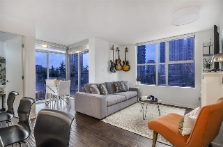 "Main Photo: 406 989 BEATTY Street in Vancouver: Downtown VW Condo for sale in ""THE NOVA"" (Vancouver West)  : MLS(r) # R2139406"