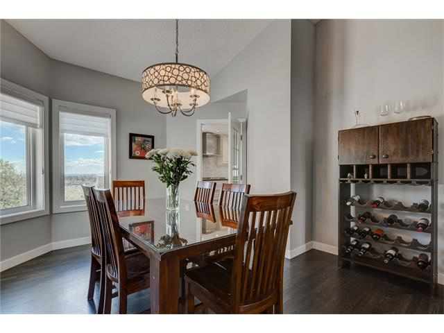 Photo 19: 2956 SIGNAL HILL Drive SW in Calgary: Signal Hill House for sale : MLS(r) # C4099759
