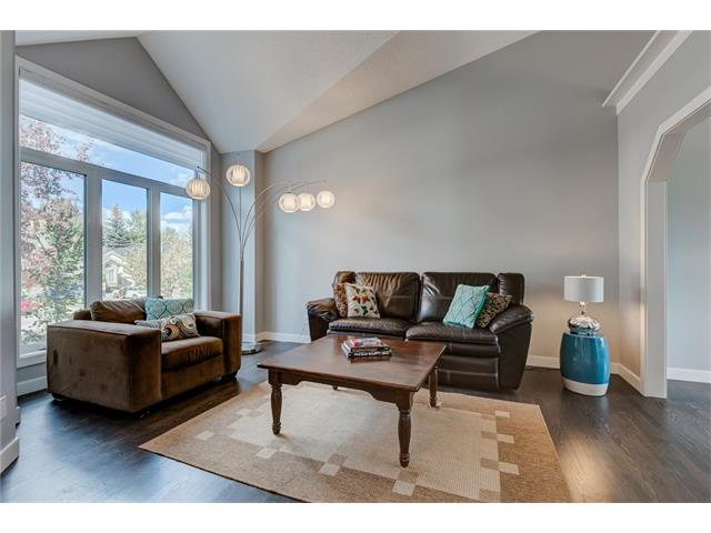 Photo 16: 2956 SIGNAL HILL Drive SW in Calgary: Signal Hill House for sale : MLS(r) # C4099759