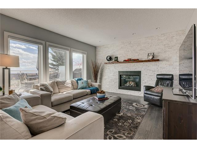 Photo 5: 2956 SIGNAL HILL Drive SW in Calgary: Signal Hill House for sale : MLS(r) # C4099759