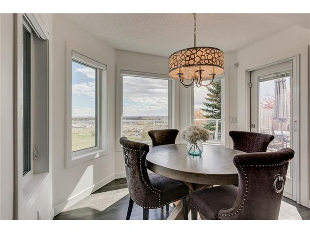 Photo 12: 2956 SIGNAL HILL Drive SW in Calgary: Signal Hill House for sale : MLS(r) # C4099759