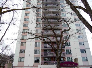 Main Photo: 101 11007 83 Avenue in Edmonton: Zone 15 Condo for sale : MLS(r) # E4055450