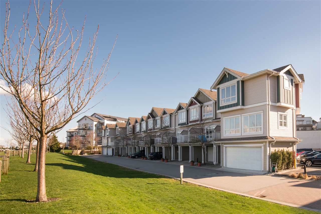 "Main Photo: 1 13028 NO 2 Road in Richmond: Steveston South Townhouse for sale in ""Waterside Village"" : MLS(r) # R2152694"