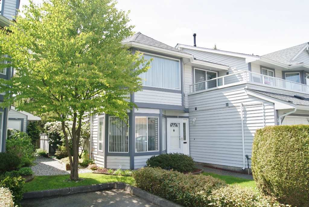 "Photo 2: 5 9253 122 Street in Surrey: Queen Mary Park Surrey Townhouse for sale in ""Kensington Gate"" : MLS(r) # R2162184"