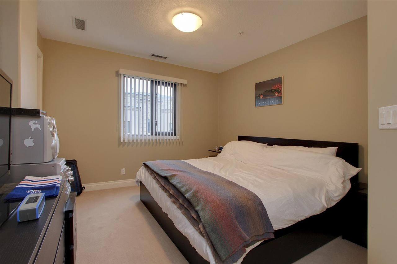 Photo 12: 1204 10319 111 Street in Edmonton: Zone 12 Condo for sale : MLS(r) # E4063379