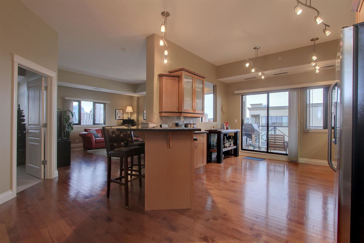 Photo 9: 1204 10319 111 Street in Edmonton: Zone 12 Condo for sale : MLS(r) # E4063379
