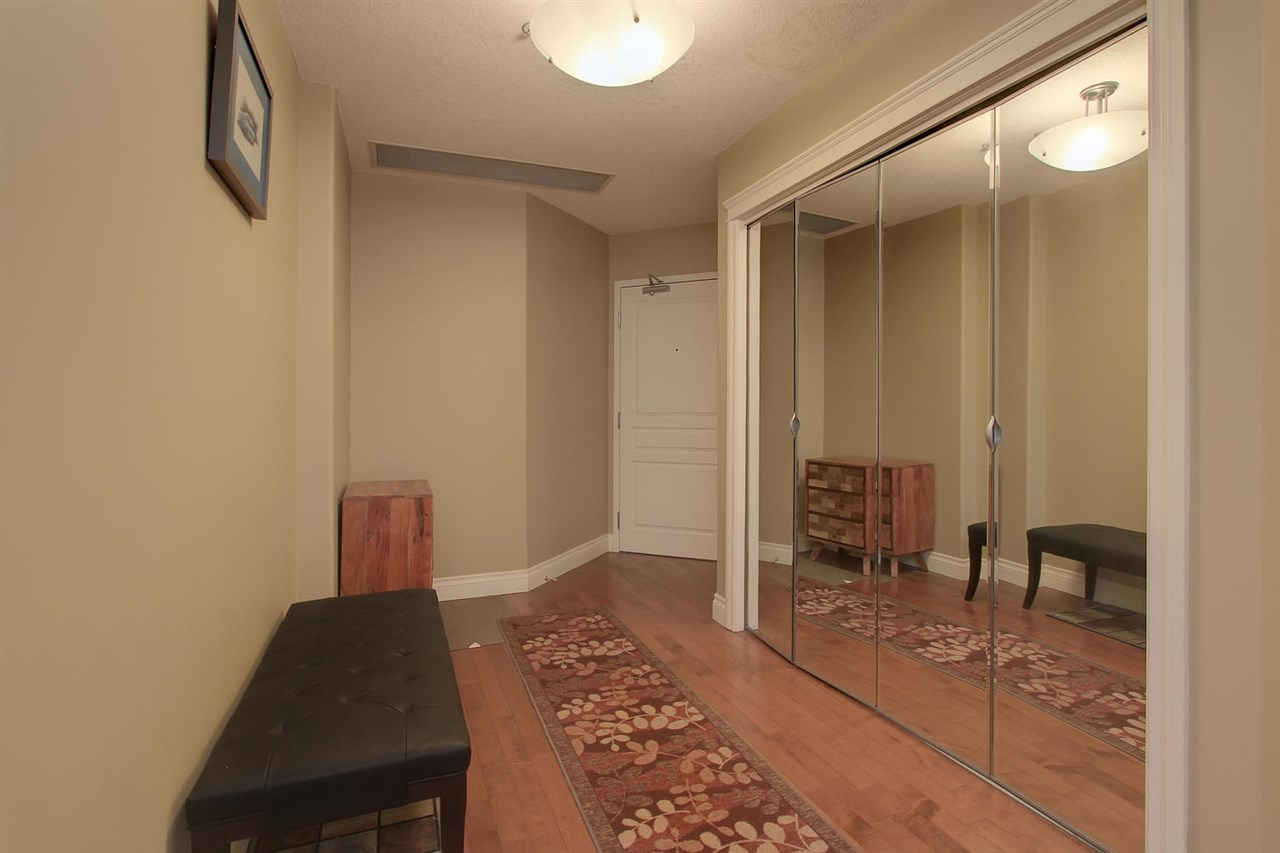 Photo 3: 1204 10319 111 Street in Edmonton: Zone 12 Condo for sale : MLS(r) # E4063379