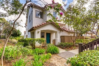 Main Photo: SAN DIEGO Townhome for sale : 3 bedrooms : 10170 Wateridge Circle #144