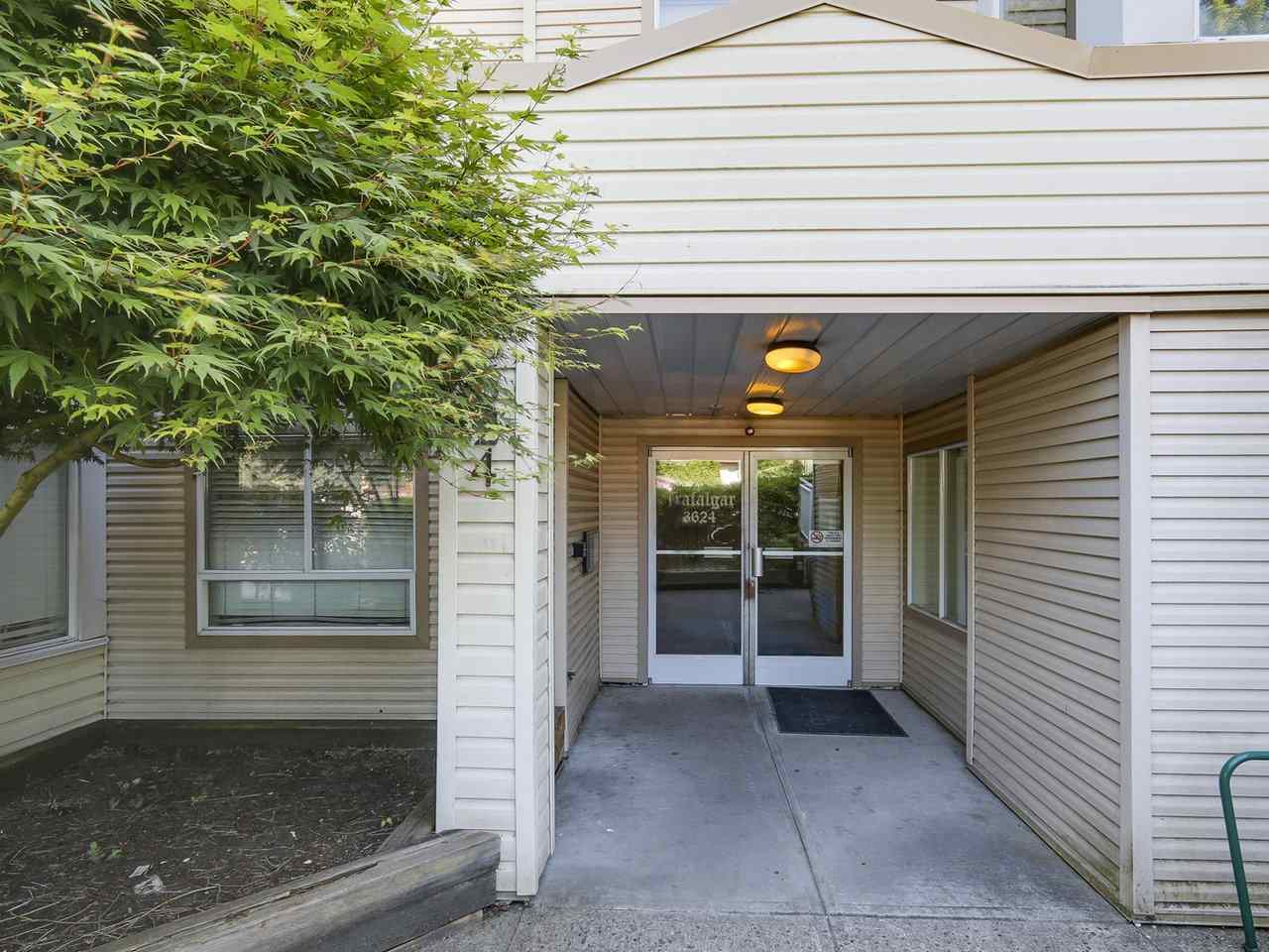 "Photo 2: 102 3624 FRASER Street in Vancouver: Fraser VE Condo for sale in ""THE TRAFALGAR"" (Vancouver East)  : MLS® # R2173895"