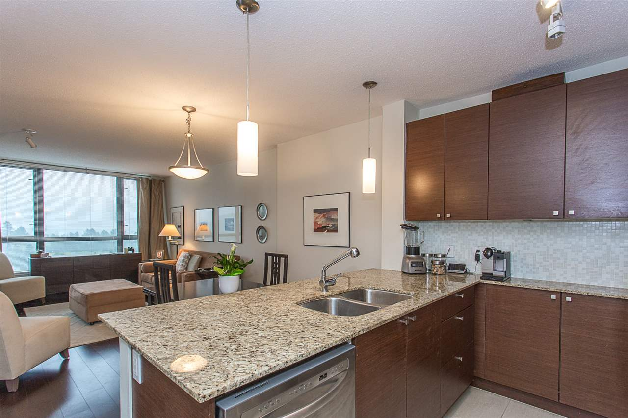 "Photo 3: 2409 110 BREW Street in Port Moody: Port Moody Centre Condo for sale in ""ARIA1"" : MLS(r) # R2176572"