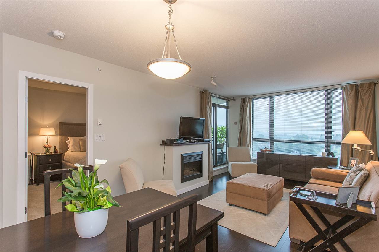"Photo 9: 2409 110 BREW Street in Port Moody: Port Moody Centre Condo for sale in ""ARIA1"" : MLS(r) # R2176572"