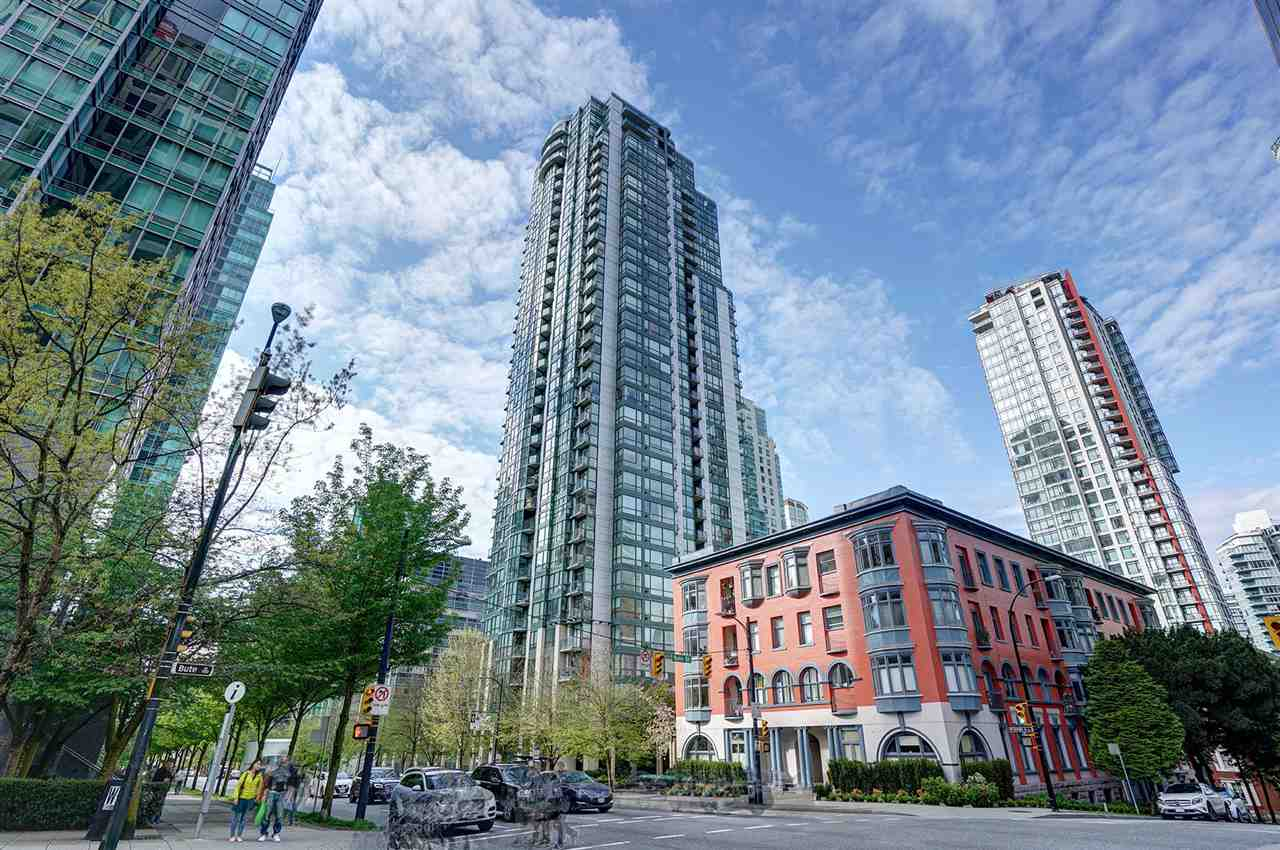 "Main Photo: 3002 1239 W GEORGIA Street in Vancouver: Coal Harbour Condo for sale in ""THE VENUS"" (Vancouver West)  : MLS(r) # R2178146"
